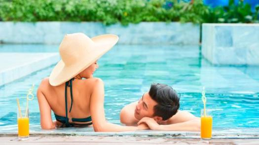 If you're dreaming of a sorely-needed vacation, you might consider earning travel rewards instead of cash back.
