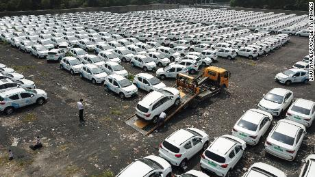 The recession in global car sales shows no sign of ending