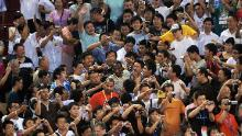 Kobe Bryant makes his way through the crowd of Chinese fans at the 2008 Beijing Olympics.