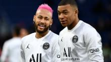 Neymar and Mbappe talk ahead of PSG's match against Montpellier.