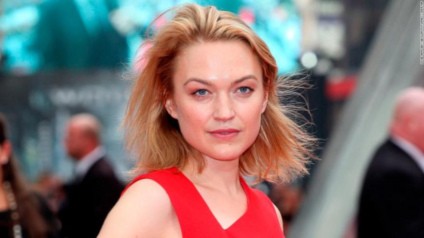 Sophia Myles Dr Who Actress Says Dad Died Of Coronavirus Cnn