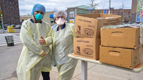 These Boston healthcare workers supported their New York counterparts by sending them meals during the fight against coronaviruses