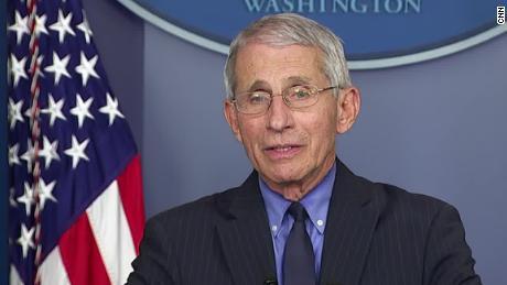 Фаучи предупреждает «антинаучный уклон» проблема в США