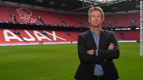 Van der Sar pone al Johan Cruyff ArenA di Amsterdam.
