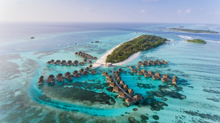 maldives lifts all restrictions for visitors   cnn travel