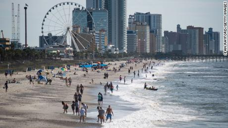 Health officials ask Myrtle Beach visitors to be quarantined for 14 days after the increase in Covid-19 cases