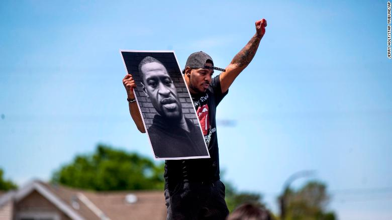 Soldiers arrive in the Minneapolis area as protests grow over George Floyd's death