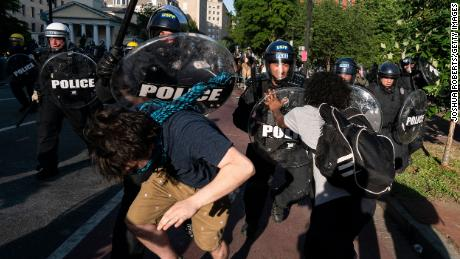 Police clash with protesters during a demonstration on June 1, 2020 in Washington, DC.