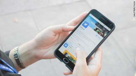 Twitter will let you tweet with your voice