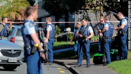 New Zealand police officer shot dead during traffic stop