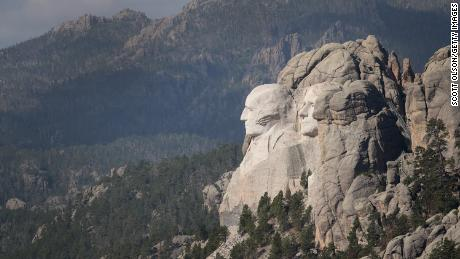 Mount Rushmore hasn't had fireworks for more than a decade because it's very dangerous. Here's why