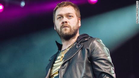 Kasabian frontman Tom Meighan quits rock group over 'personal issues'