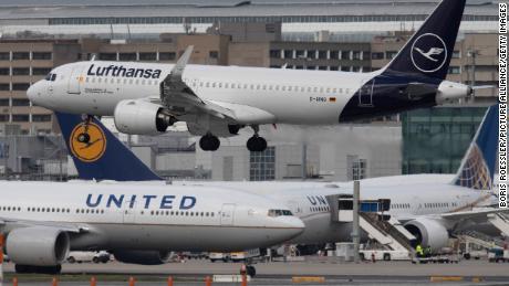 Airlines appeal for resumption of transatlantic flights for coronovirus testing