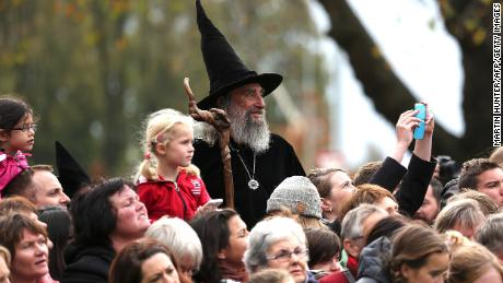 The Wizard waits for the arrival of Britain's Prince William and Kate during their royal visit to Christchurch on April 14, 2014.