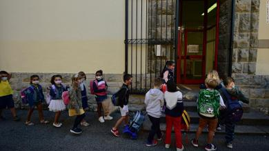 Spain heads back to school, but the pandemic is exposing inequality