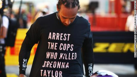 Hamilton wears a shirt in tribute to Taylor during Sunday's GP.