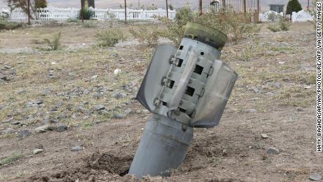 กลุ่มกบฏจากซีเรียได้รับคัดเลือกให้ต่อสู้ในความขัดแย้งระหว่างอาเซอร์ไบจานและอาร์เมเนียแหล่งข่าวกล่าว