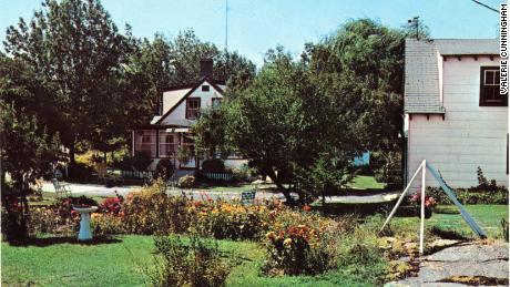 The Rock Rest guest house is still standing but is no longer a guest house, according to filmmakers.