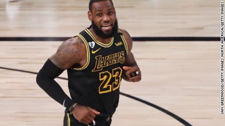 เกมที่ 5 คือ Lakers & # 39;  การสูญเสียครั้งแรกในฤดูกาลนี้ใน & quot; Black Mamba & quot;  ชุด.