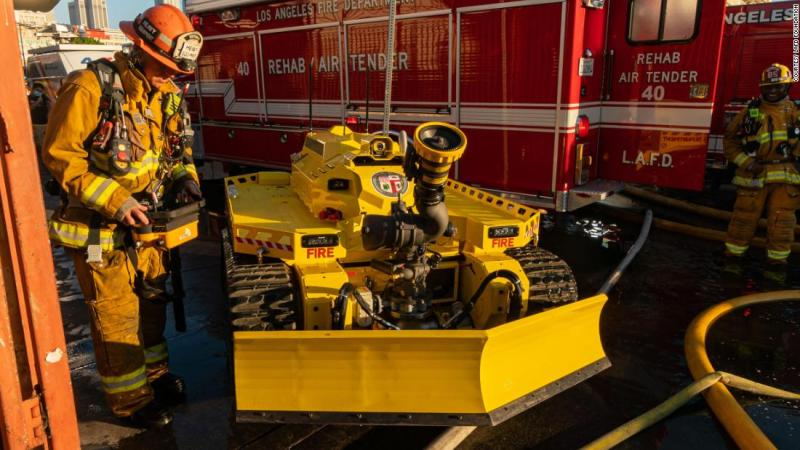 The first firefighting robot in America is here — and it has already helped fight a major fire in Los Angeles