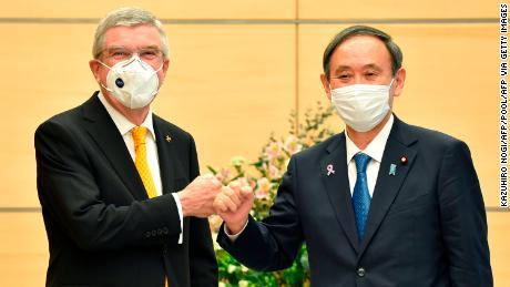 Thomas Bach เข้าพบ Yoshihide Suga นายกรัฐมนตรีญี่ปุ่น