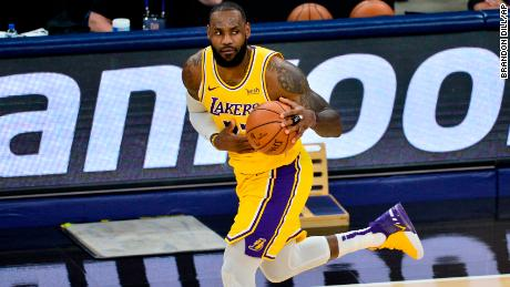 After leading Lakers to victory, LeBron James looks for WNBA win over Kelly Loeffler