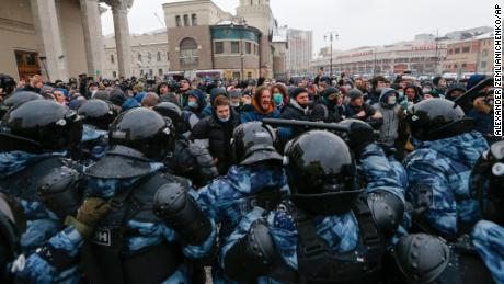 The Kremlin met with Russian protesters over the years with fiery tension