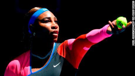 Serena Williams powers through to the third-round.