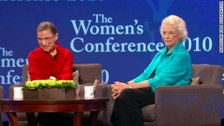 Supreme Court Justice Sandra Day O & # 39;  Ruth Bader Ginsburg with Connor