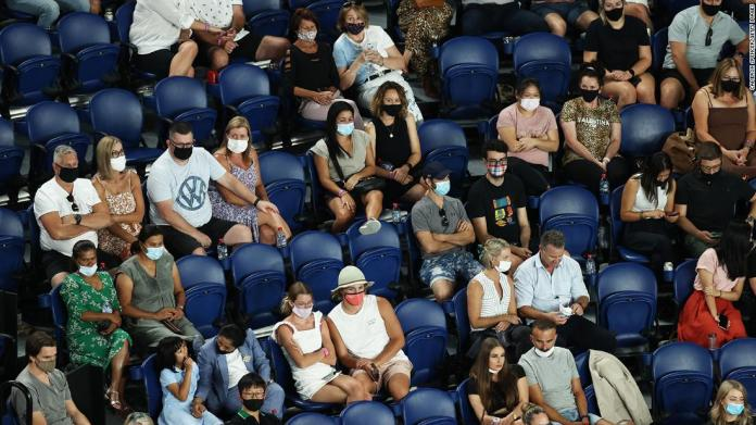 Australian Open to go without fans as 'new kind of enemy' forces Victoria to lock down