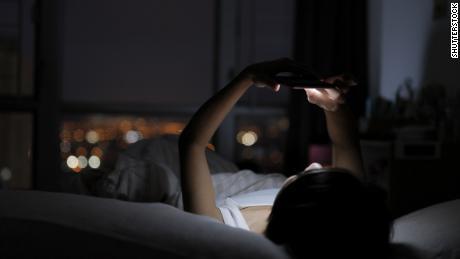 `` Revenge procrastination au coucher ''  pourrait vous voler un temps de sommeil précieux