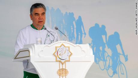 Turkmenistan's President Gurbanguly Berdymukhamedov delivers a speech on stage as he attends World Bicycle Day in Ashgabat on June 3, 2020.