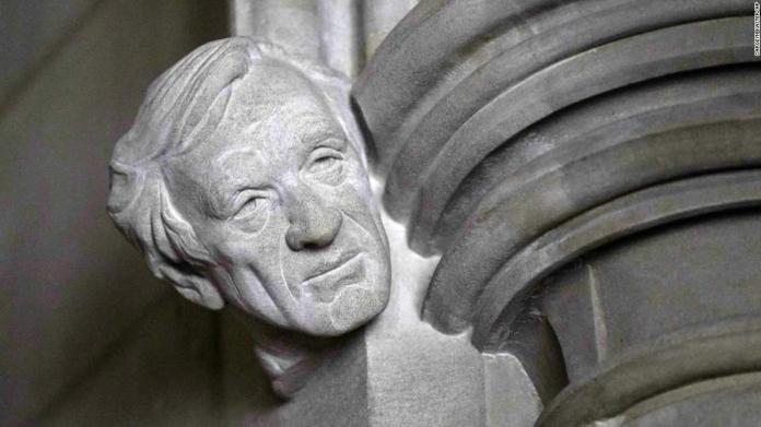 Elie Wiesel memorialized with bust at the Washington National Cathedral | Latest News Live | Find the all top headlines, breaking news for free online April 29, 2021