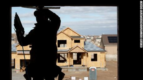 New homes cost $ 36,000 more due to epic timber shortage