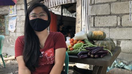Nadja de Vera organizes a community pantry in Baseco, one of the poorest areas of Manila.