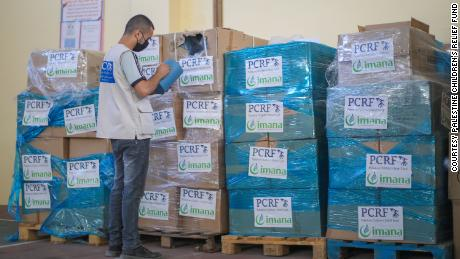 PCRF delivered a truckload of urgently needed medical supplies to the Ministry of Health to distribute to hospitals in Gaza. The supplies were sponsored by IMANA, another medical relief organization.