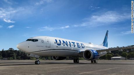 United Airlines orders 270 jets, its biggest aircraft purchase ever