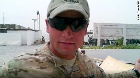 امریکی فوج کے لئے کام کرنے والے ایک افغان مترجم سہیل پردیس کو مئی میں طالبان نے ہلاک کردیا تھا۔