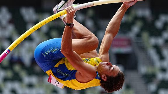 """Sweden's Armand """"Mondo"""" Duplantis competes in the pole vault on July 31. He holds the world record in the event."""