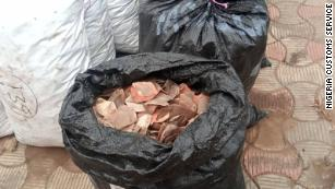 Nijerya, pangolin parçaları ve fil dişlerinde 54 milyon dolarlık rekor ele geçirdi