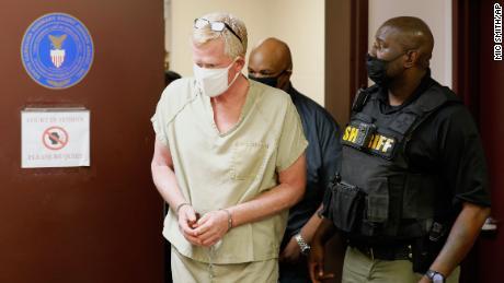 Alex Murdaugh walks into court for his bond hearing on September 16 in Varnville, South Carolina.