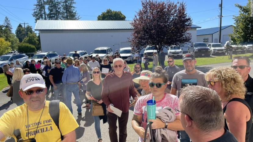 School board meeting canceled as crowd protests ma…