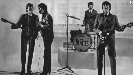 Paul McCartney sets the record straight for who really broke the Beatles
