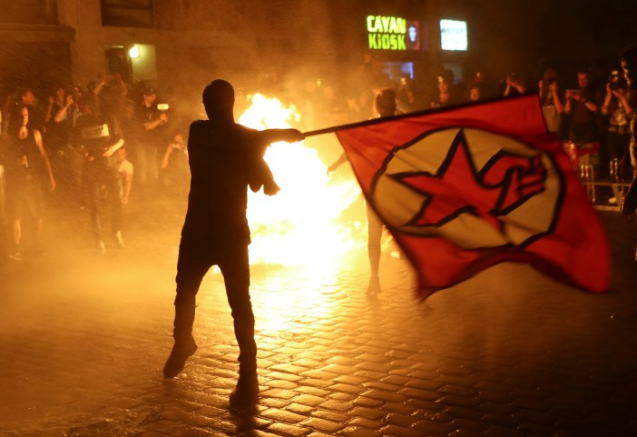 2017-07-06T223655Z 345232526 UP1ED761QTIFX RTRMADP 3 G20-GERMANY-PROTEST