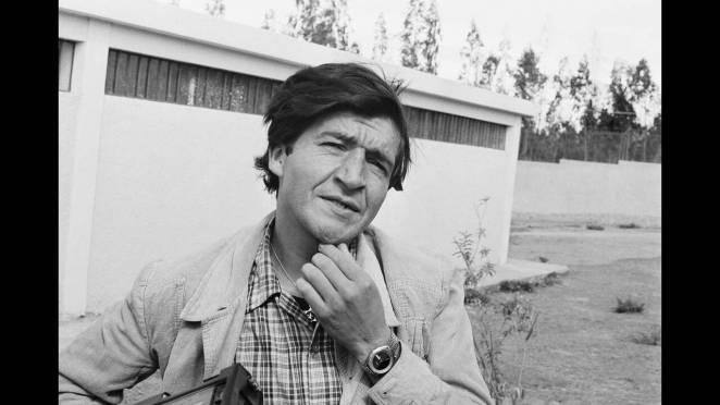 Ο Pedro Alonso López μεγάλωσε στο Εκουαδόρ με τα 12 αδέλφια του αλλά εκδιώχθηκε από το σπίτι του όταν η μητέρα του τον είδε να παρενοχλεί τη μικρή του αδελφή. Έζησε στους δρόμους και βιάστηκε από έναν άνδρα που του προσέφερε αρχικά καταφύγιο. Ξεκίνησε τη
