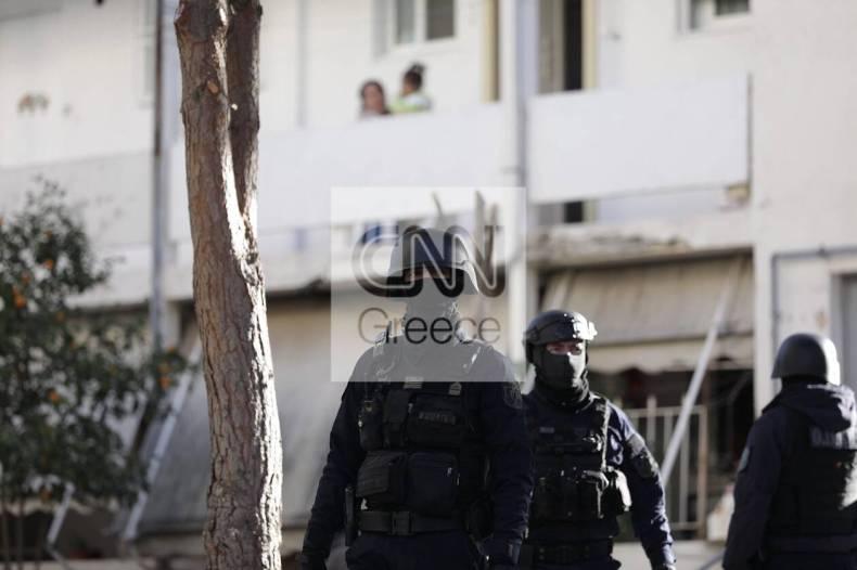 https://cdn.cnngreece.gr/media/news/2020/12/28/248542/photos/snapshot/pyrovolismoi-agia-varvara-4.jpg