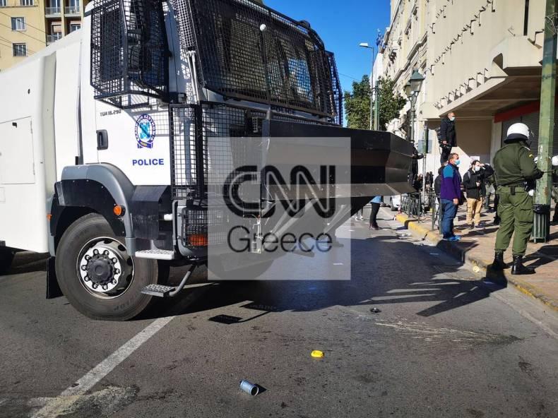 https://cdn.cnngreece.gr/media/news/2021/01/14/250567/photos/snapshot/foithtes-diamartyria-nomosxedio-2.jpg