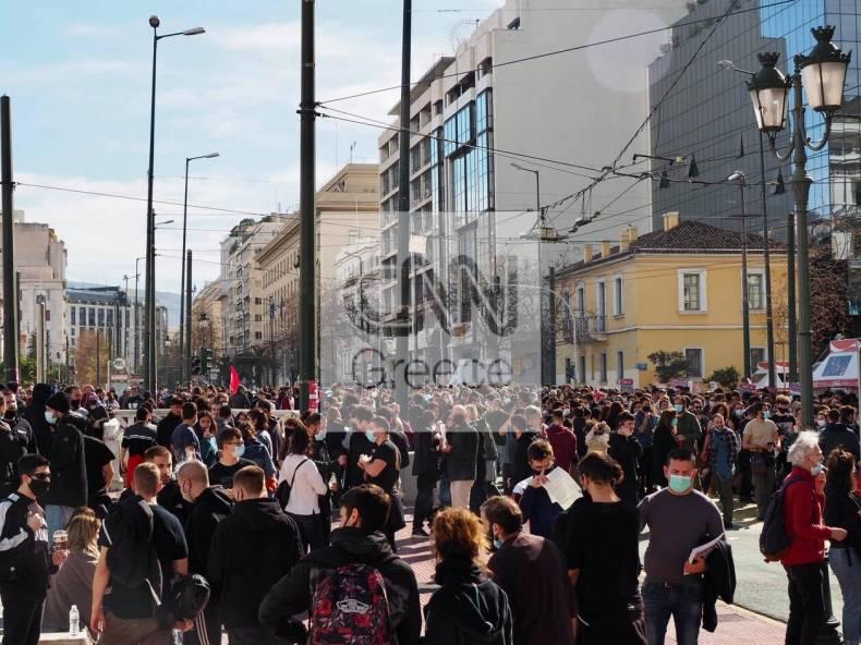 https://cdn.cnngreece.gr/media/news/2021/02/10/253986/photos/snapshot/panekpaideutiko-athina-kentro-10-2-3.jpg