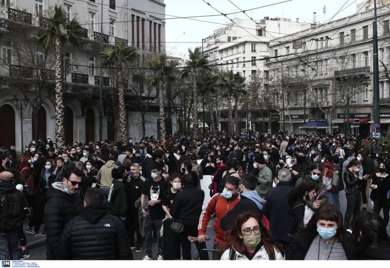 https://cdn.cnngreece.gr/media/news/2021/02/11/254148/photos/snapshot/Poreia_kallitexnwn-7.jpg