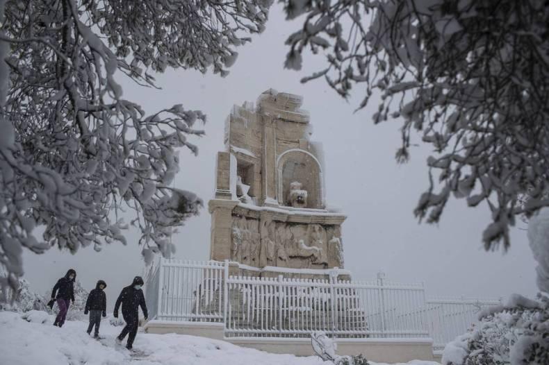 https://cdn.cnngreece.gr/media/news/2021/02/17/254862/photos/snapshot/mideia_attiki-6.jpg